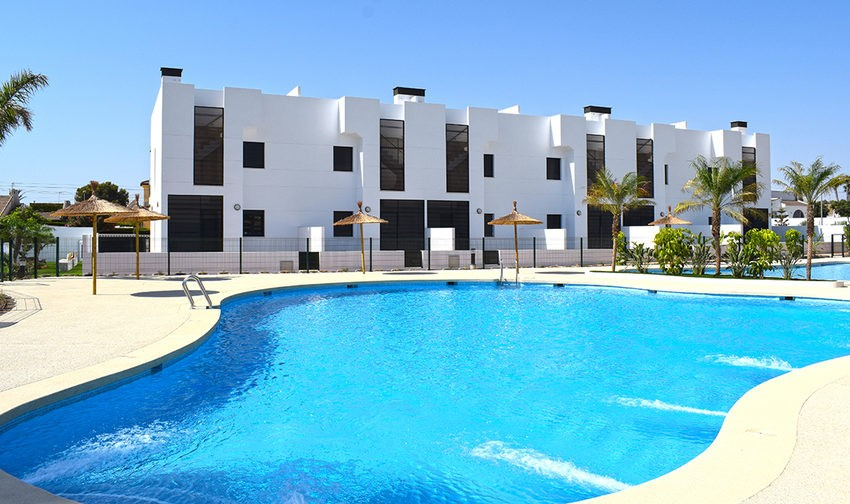 Apartment In Mil Palmeras